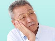 高齢者の4人に1人は認知症予備軍。認知症の予防には補聴器が有効です。