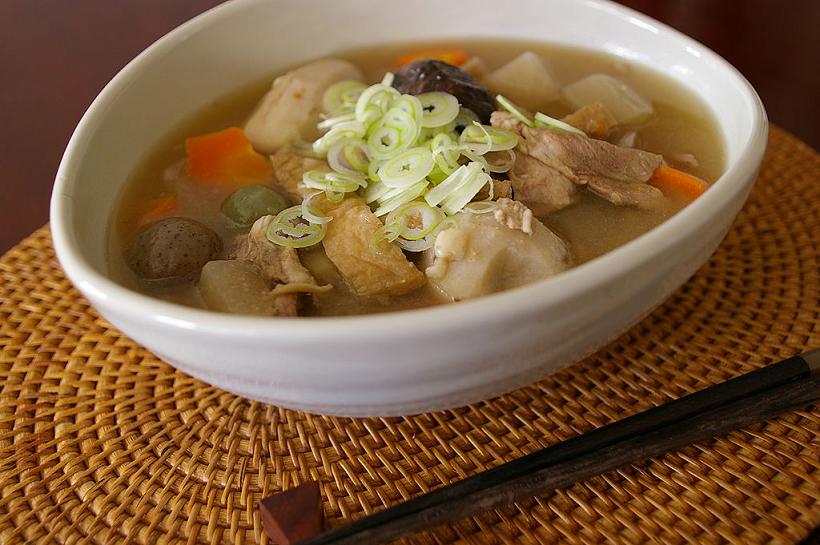 お肉たっぷりの豚汁は、消化によくおすすめです。