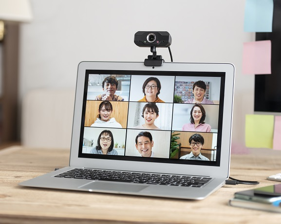 テレビ会議の画面