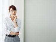 突発性難聴の症状は仕事や生活へどう影響する?対策と経済的支援