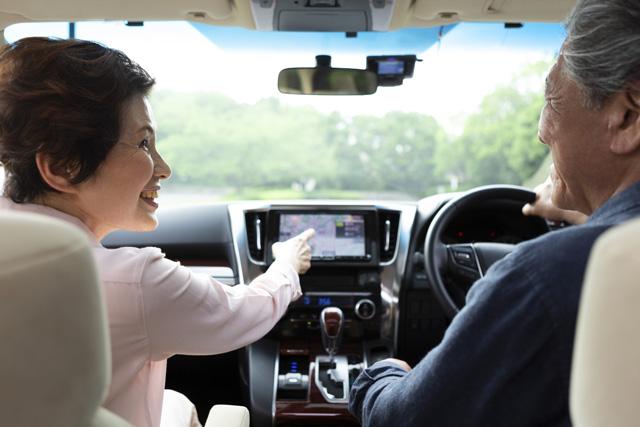 車内で、同乗者との会話